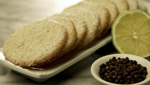 Lime and black pepper cookies