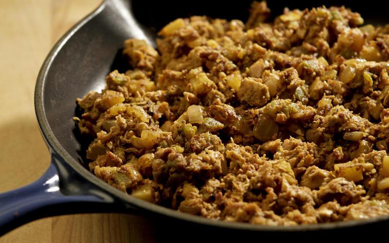 Chicken, chorizo and green chile hash