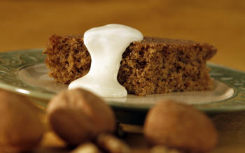 Greek walnut cake