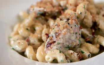 The Bistro's mac 'n' cheese with grilled chicken