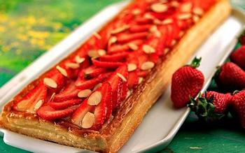 Fresh berry tart