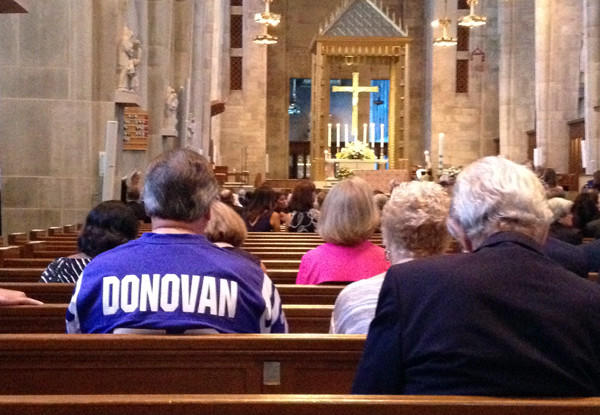 People begin to fill into the Cathedral of Mary Our Queen to pay their respects to former Colts defensive lineman Art Donovan at his funeral. Donovan died Sunday at age 89.