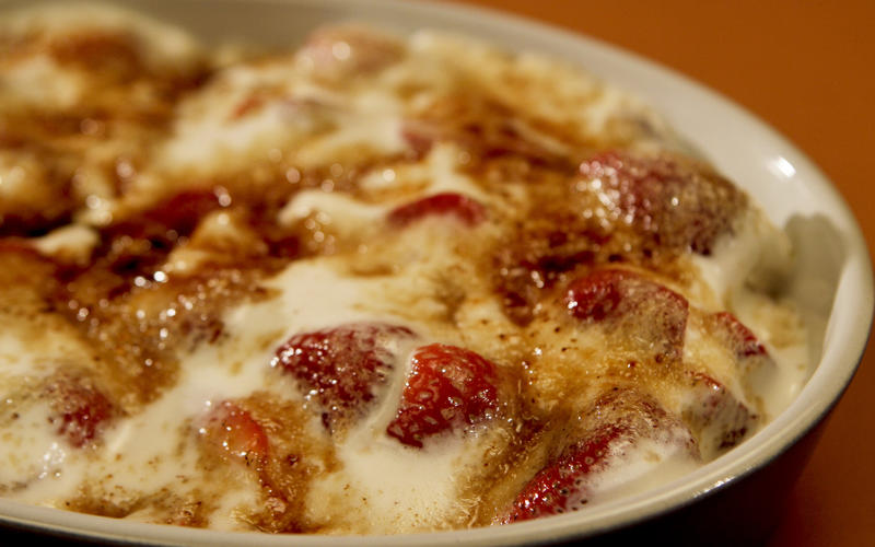Bruleed strawberries and cream