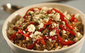 Farro salad with mushrooms, dill and feta