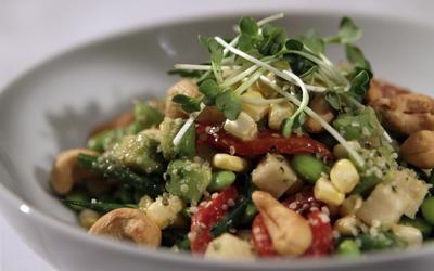 BLD's fresh vegetable salad
