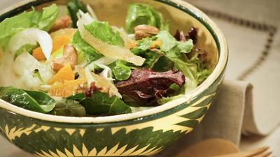 Nage's clementine salad