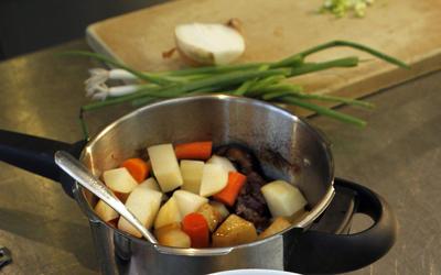 Korean galbi jjim pressure cooker-style