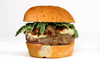 Buffalo Cambozola burger