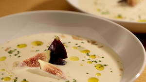 Cold almond and garlic soup