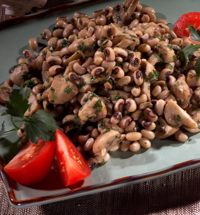 Black-Eyed Peas and Mushrooms