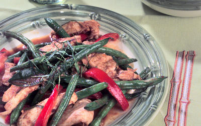 Spicy Chicken and Green Bean Stir-Fry