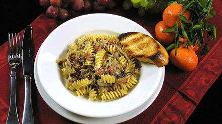 Pasta With Radicchio and Pancetta