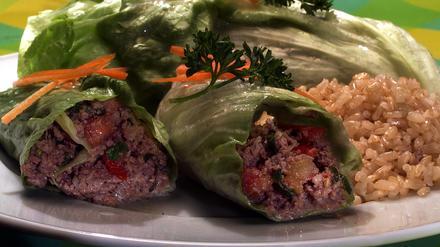Minced Beef in Lettuce Leaves