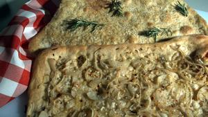 Spicy Onion and Poppy Seed Flat Bread