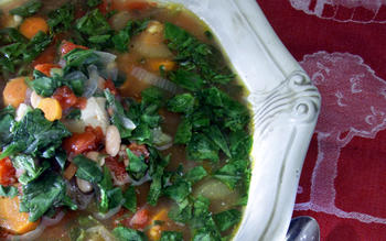 Chunky vegetable chicken soup