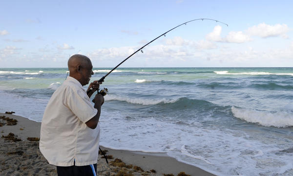 Hallandale beach city sets fishing restrictions at beach for Jones beach fishing