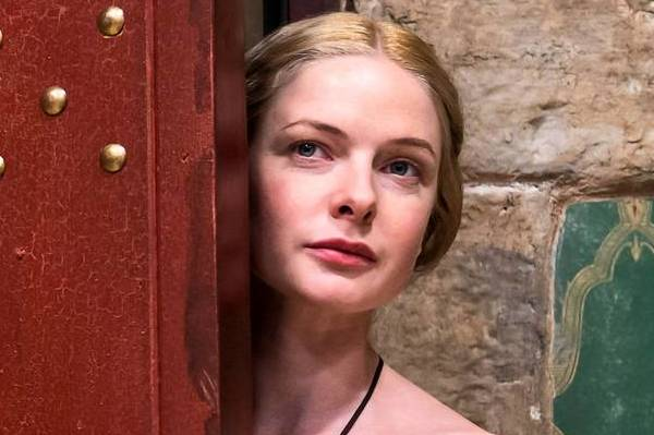 "Rebecca Ferguson plays Elizabeth Woodville in ""The White Queen."""