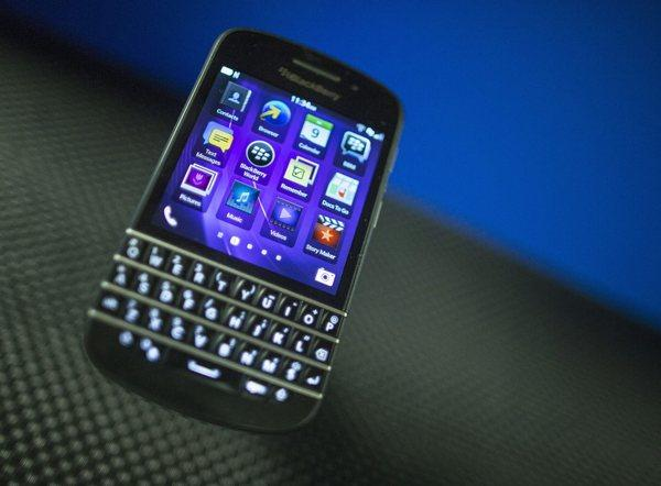 BlackBerry has announced that it is considering selling itself.