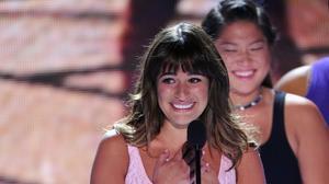 Lea Michele dedicates Teen Choice Award to Cory Monteith