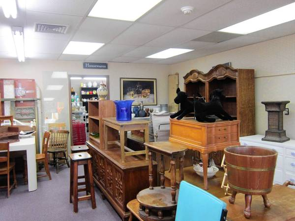 Items at the Hadassah House Resale Shop in Highland Park