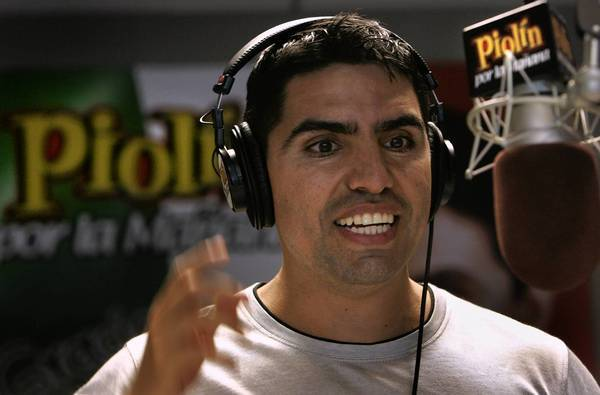 SiriusXM recruits Spanish-language radio star