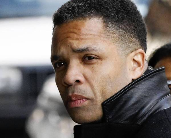 Jesse Jackson Jr. arrives at U.S. District Court in Washington, D.C. to face federal charges, Feb. 20, 2013.