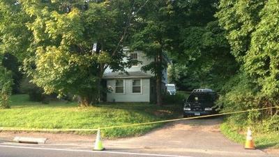 Las autoridades estn investigando un allanamiento que se produjo el martes por la maana. Louisa Moller tiene ms.