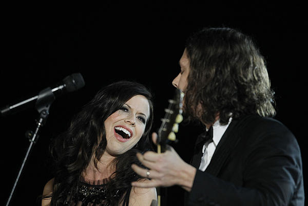Joy Williams and John Paul White of the Civil Wars performing in 2012.