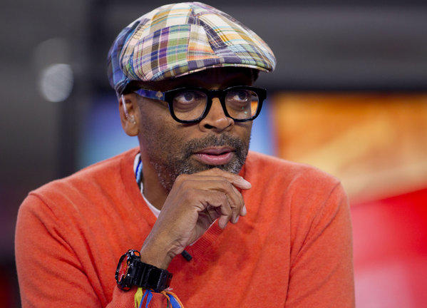 "Director Spike Lee has reached his Kickstarter fundraising goal of $1.25 million for a film he says will be ""funny, sexy and bloody."""