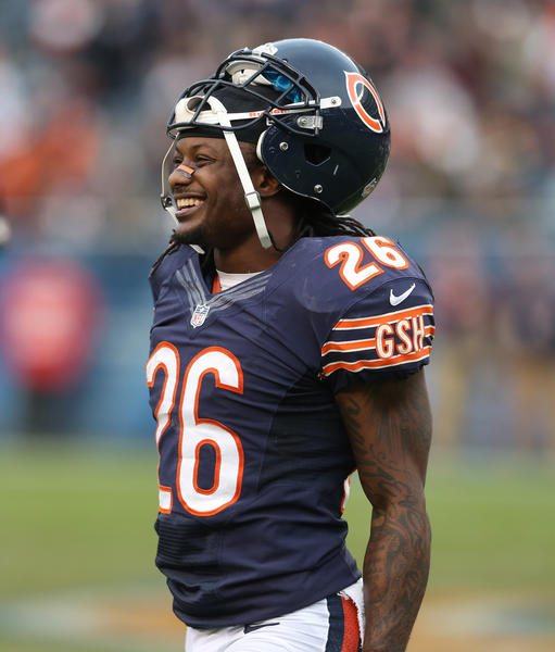 Bears cornerback Tim Jennings believes fans should be consistent in how they cheer for their teams.