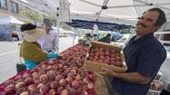 Old Pasadena farmers market may put down roots this time
