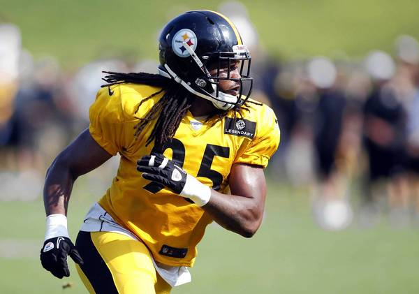 Pittsburgh Steelers linebacker Jarvis Jones (95) participates during training camp drills at Saint Vincent College.