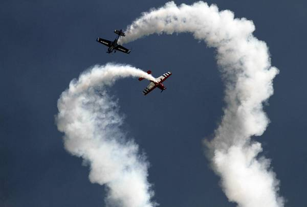 Firebirds Delta Team fly in close acrobatic formation Sunday for the Chicago Air & Water Show.