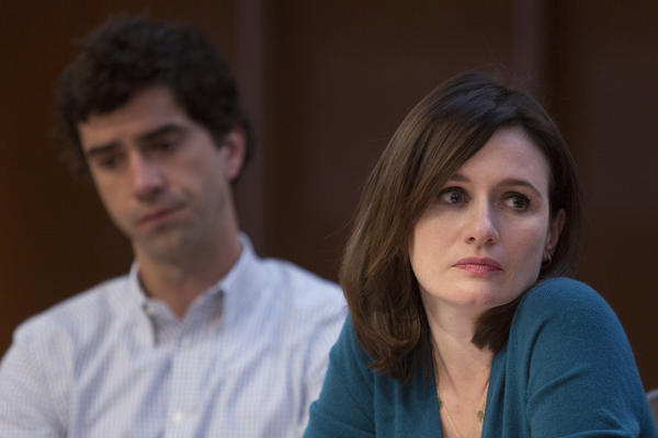 """On """"The Newsroom,"""" Jerry Dantana (Hamish Linklater) tries to convince MacKenzie McHale (Emily Mortimer) and other colleagues that the U.S. killed Pakistanis with a banned nerve gas."""