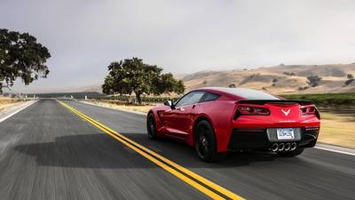 2014 Corvette Stingray shifts away from tradition