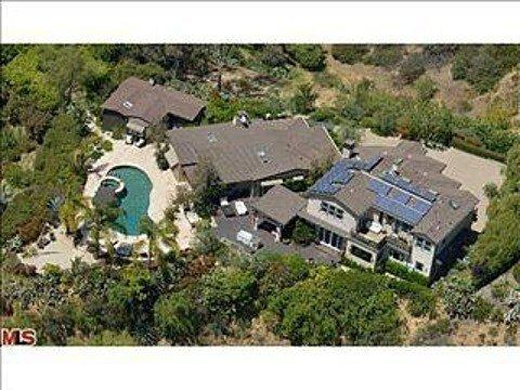 Tommy Shaw of Styx has sold his Hollywood Hills compound for $5.3 million.