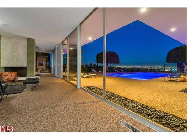 Ken Jordan sells his Midcentury Modern in Encino