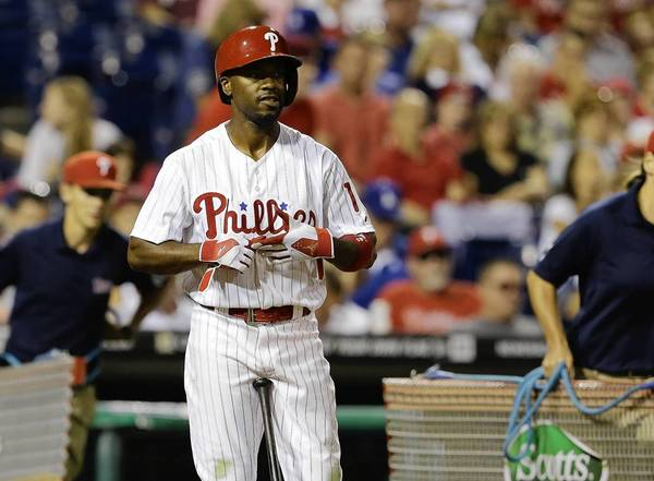 Phillies manager Ryne Sandberg wants to see Jimmy Rollins improve his on-base percentage. (Photo by Chris Gardner/Getty Images)