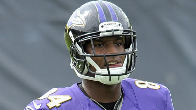 Ed Dickson, Elvis Dumervil practice for a second straight day