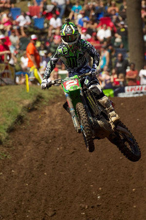Ryan Villopoto has clinched the title in the premier 450 class of the Lucas Oil Pro Motocross Championship.