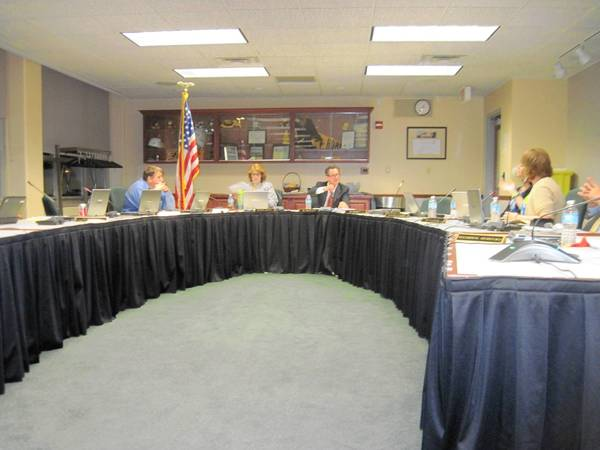 The Hinsdale Township High School District 86 board voted to approve a revised travel policy for the district.