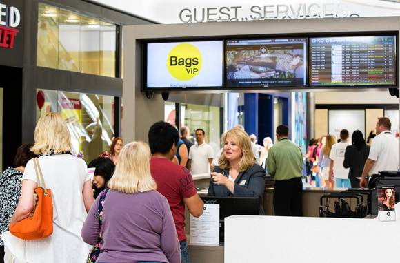 The guest-services kiosk at Fashion Outlets Chicago, the gargantuan new high-end outlet mall near O'Hare International Airport, rents strollers, wraps gifts, changes currency and can even get your clothes dry-cleaned within 24 hours.