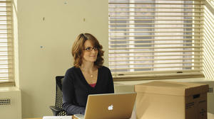 Tina Fey plays footage of (alleged!) laptop thief on 'Late Show'