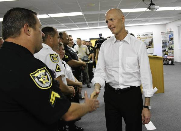 Gov. Rick Scott thanked first responders at the Blue Rhino fire during a visit, Tuesday afternoon, at the Institute of Public Safety about 2 miles from the plant.