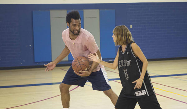 "Lazar Hayward, who played on the Lakers' summer league squad, teaches Nicole Richie the basics of the game during an episode of her AOL original series, ""#Candidly Nicole."""