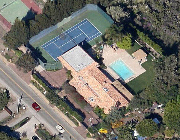 "Sarah Shevon said she shot a video with ""Mr. Rich"" at this Malibu home in April 2012. The residence at the time was associated with Richard Nanula, a public records research firm indicates."