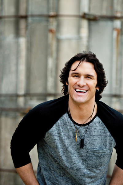 Country singer Joe Nichols will headline a music festival Saturday at the American Legion Grounds in Greencastle, Pa.