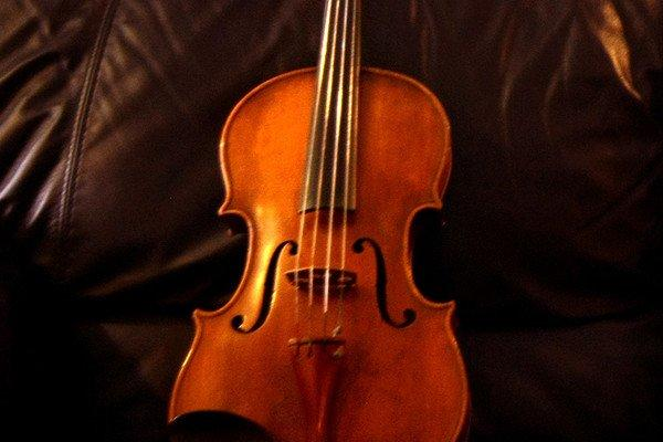 "The viola in ""Naturale"" conveys the soul of Sicilian song."