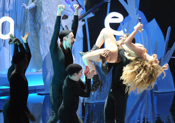 "Lady Gaga performs ""Applause"" at the MTV Video Music Awards on Sunday, Aug. 25, 2013, at the Barclays Center arena in Brooklyn, N.Y."