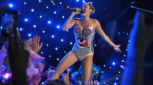 Miley Cyrus' VMA performance: Media react in shock